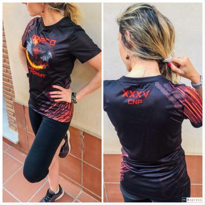 Policía Nacional Promoción XXXV Modelo con camiseta. Argos.